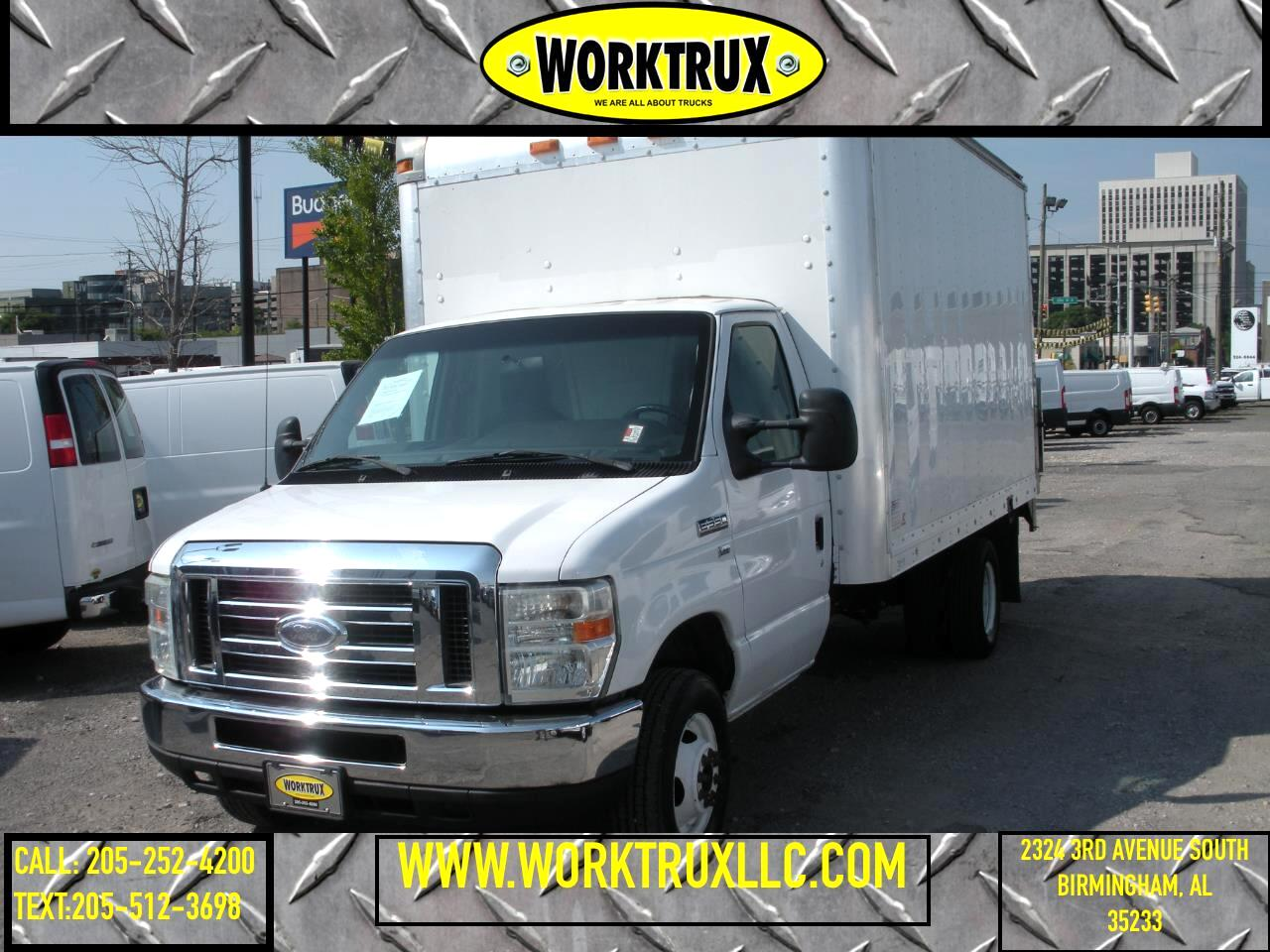 2011 Ford Econoline Commercial Cutaway E-350 Super Duty 138