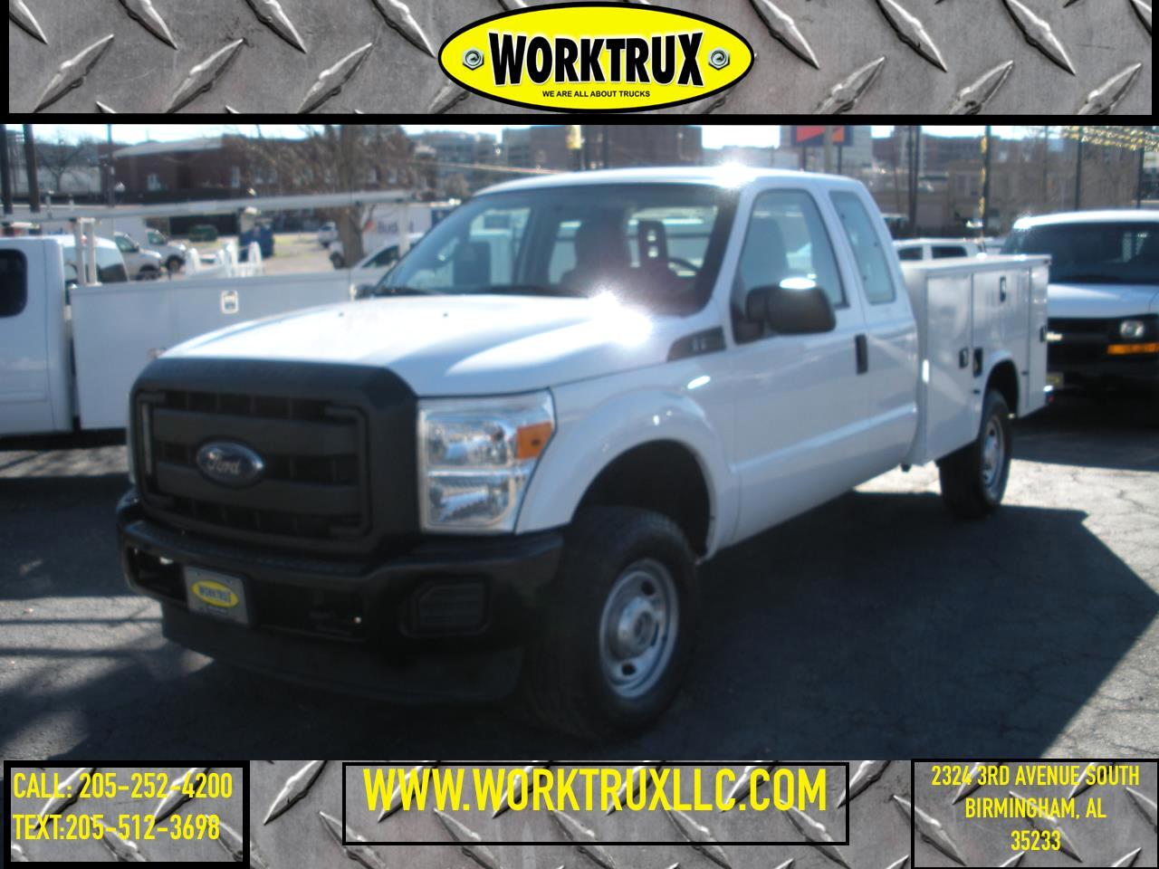 "Ford Super Duty F-350 SRW 4WD SuperCab 158"" XL 2015"