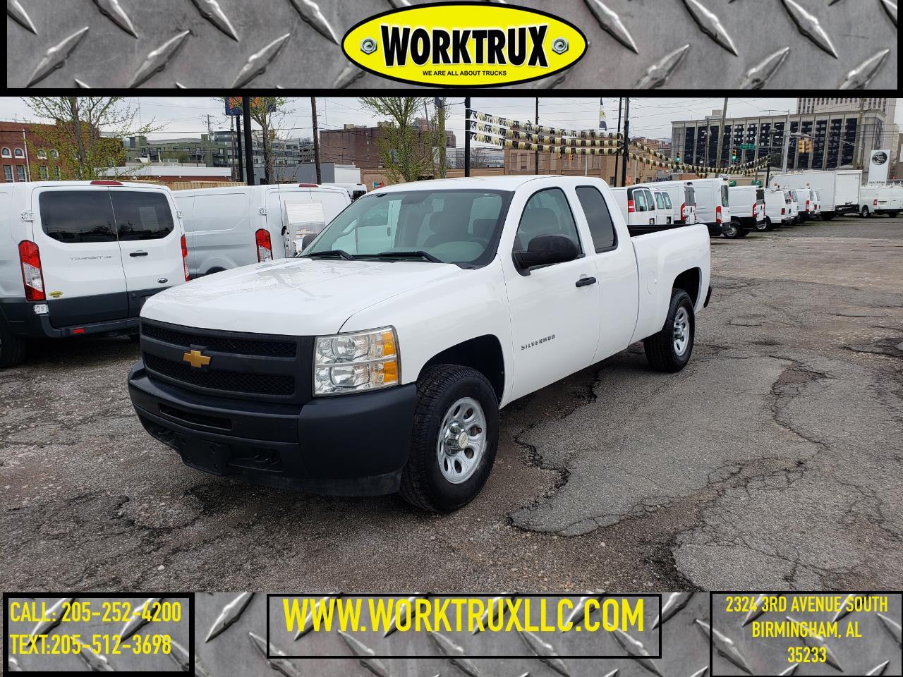 """Chevrolet Silverado 1500 4WD Ext Cab 143.5"""" Work Truck 2013"""