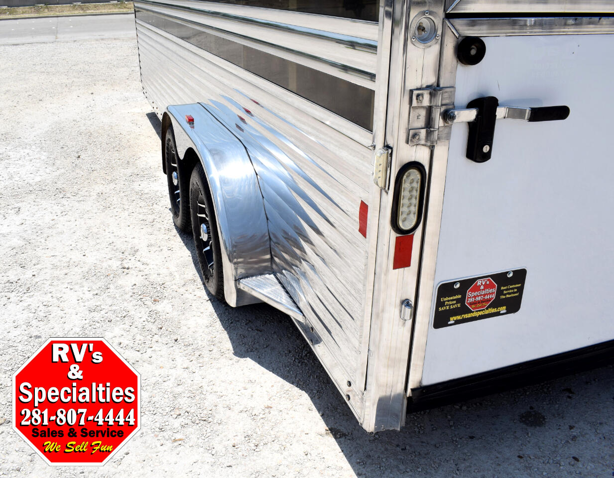 2014 Exiss Low Profile 8 PEN LIVESTOCK TRAILER