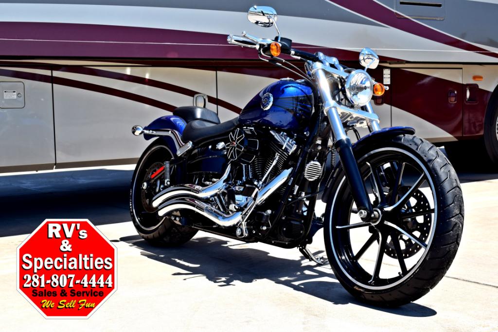 2015 Harley-Davidson Softail Breakout FXSB