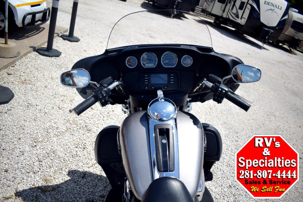 2016 Harley-Davidson FLHTCU Electra Glide Ultra Classic