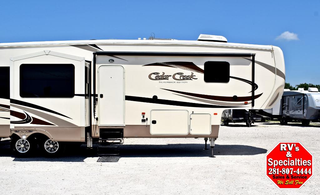 2016 Cedar Creek Silverback 37RL