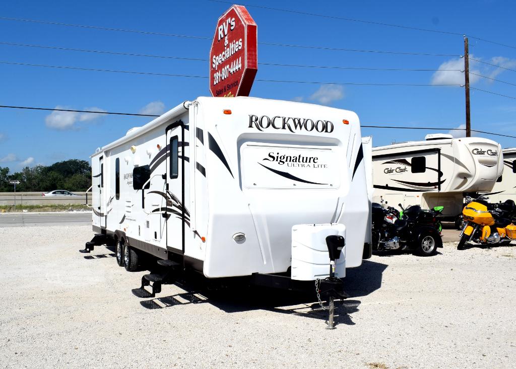 2014 Rockwood Signature 8319SS