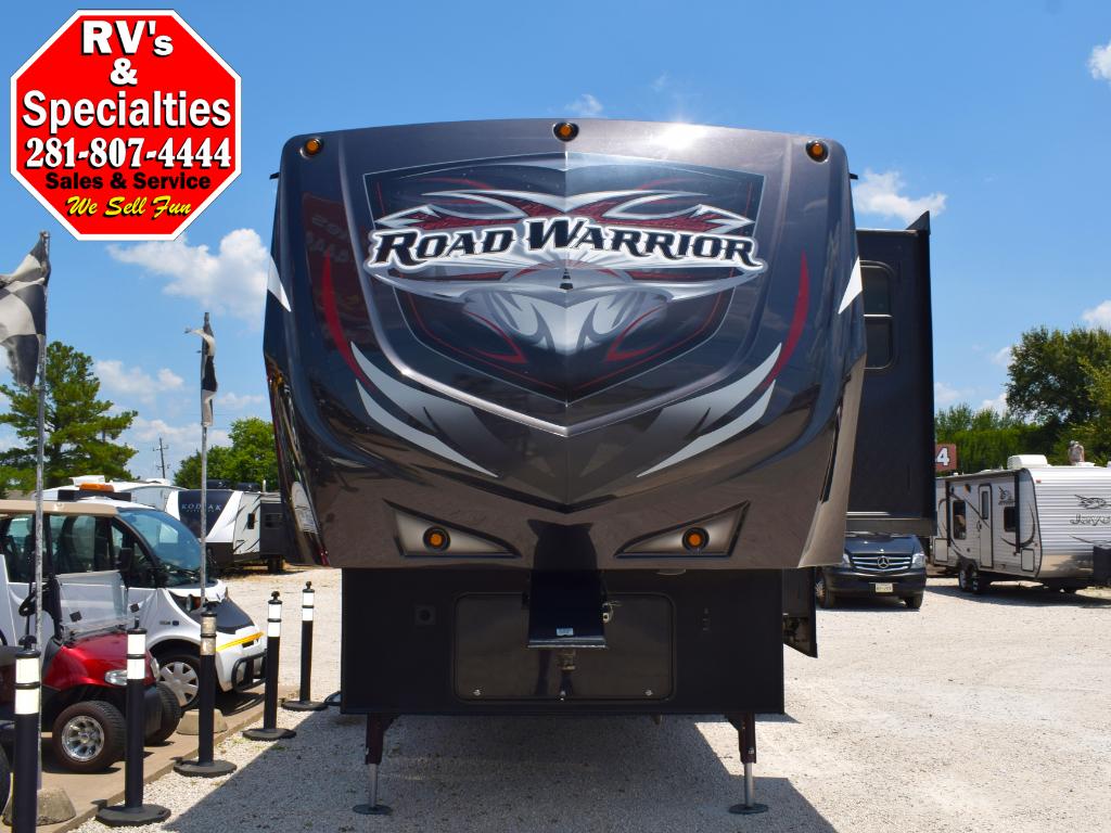 2015 Heartland Road Warrior 305