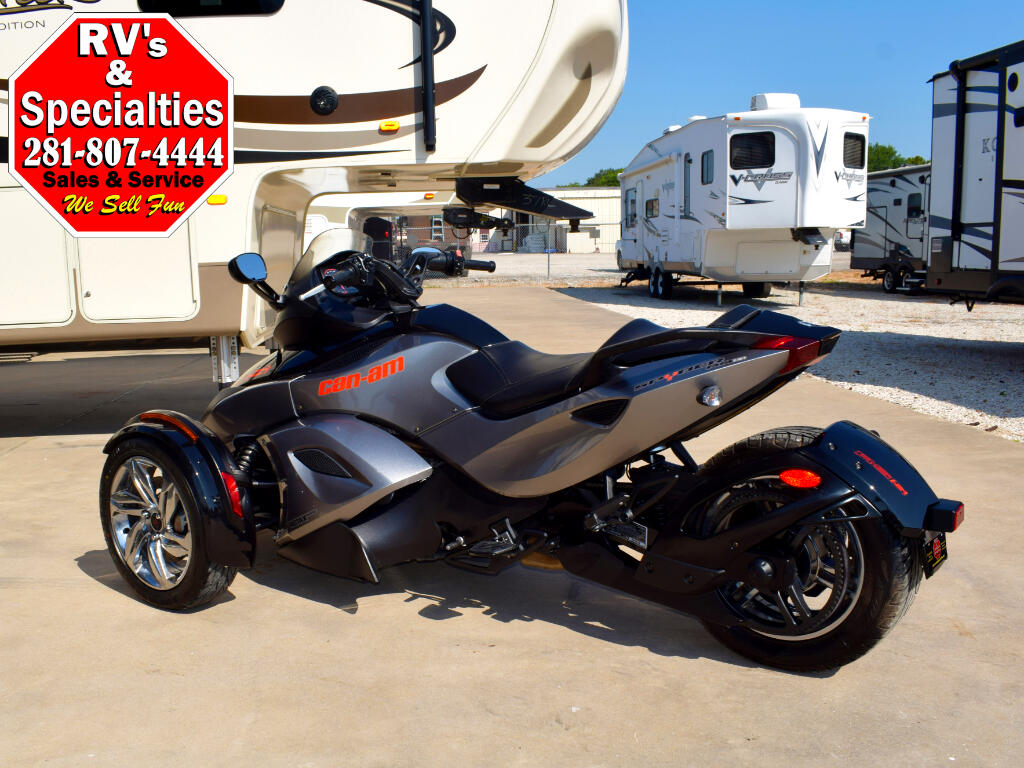 2013 Can-Am Spyder RSS