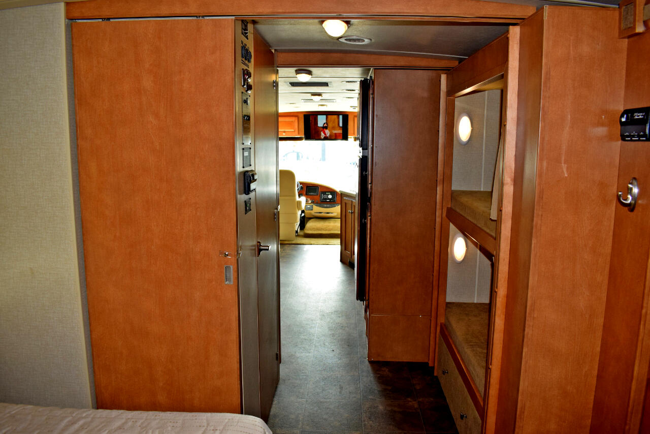 2014 Winnebago Vista 35B