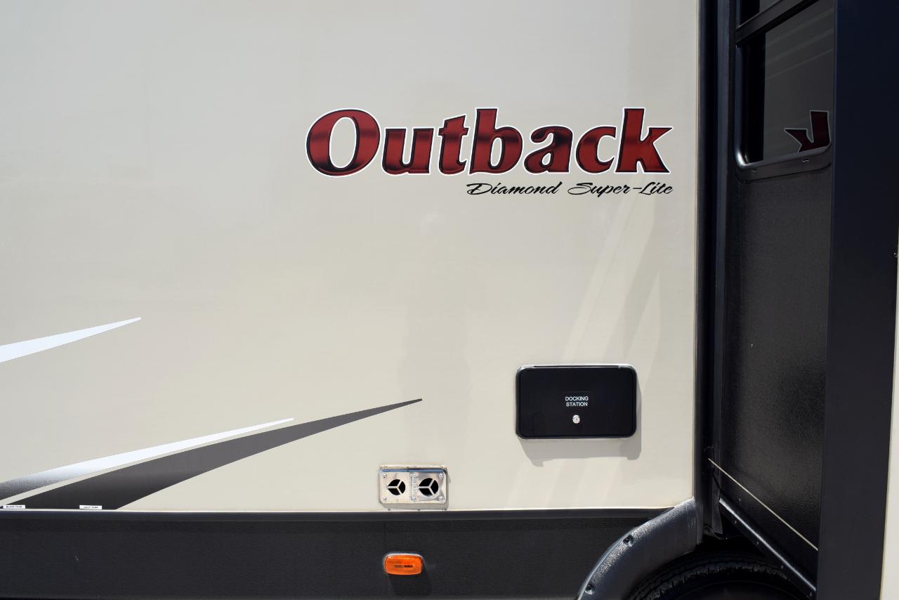 2017 Keystone Outback 326RL