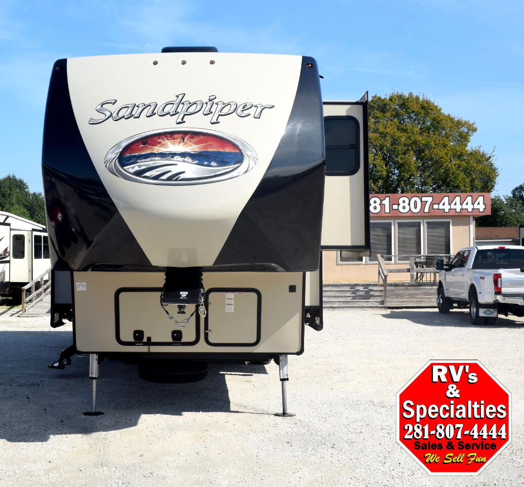 2017 Forest River Sandpiper 389RD
