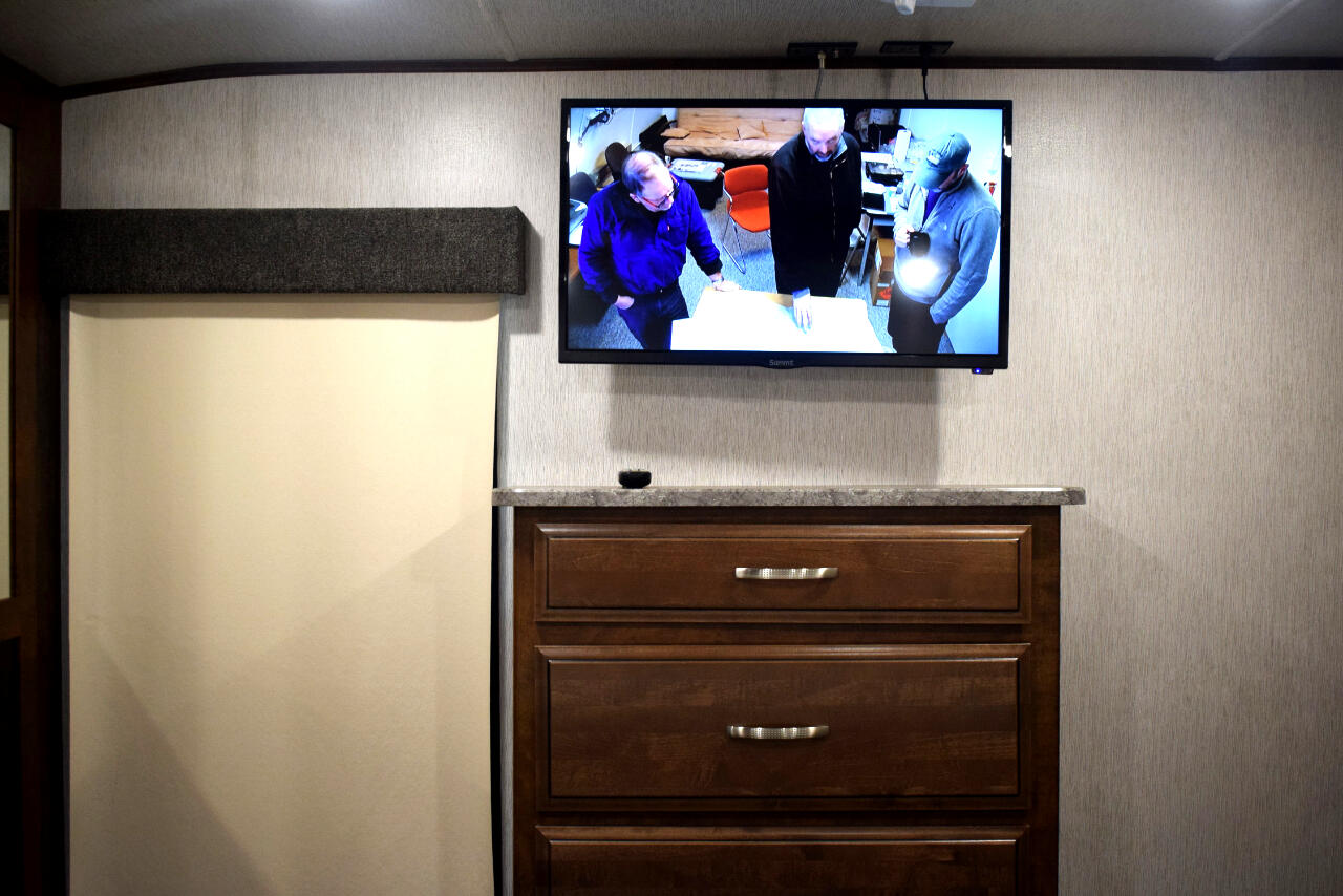 2018 Heartland Bighorn 39RD