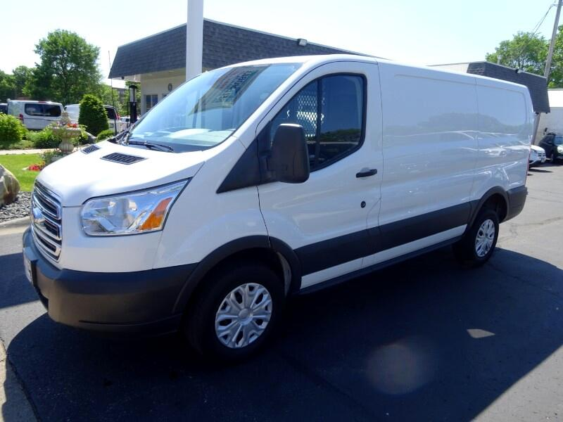 2018 Ford Transit T250 Cargo Van Low Roof w/130-Inch Wheel Base