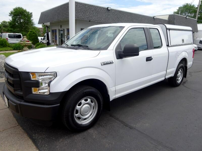 2016 Ford F-150 XL SuperCab 6.5-ft. Bed 2wd w/Utility Topper