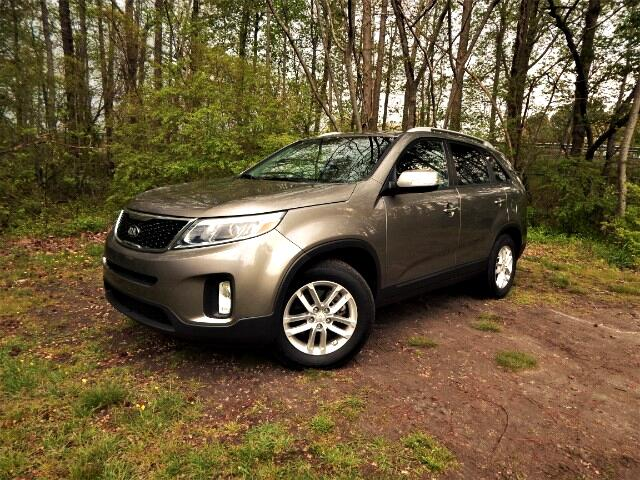 2015 Kia Sorento Leather Interior, Rear Camera, Bluetooth,25k Miles