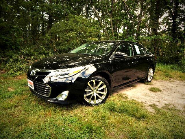 2015 Toyota Avalon Navigation, Sunroof, Blind Spot, Lane Departure !