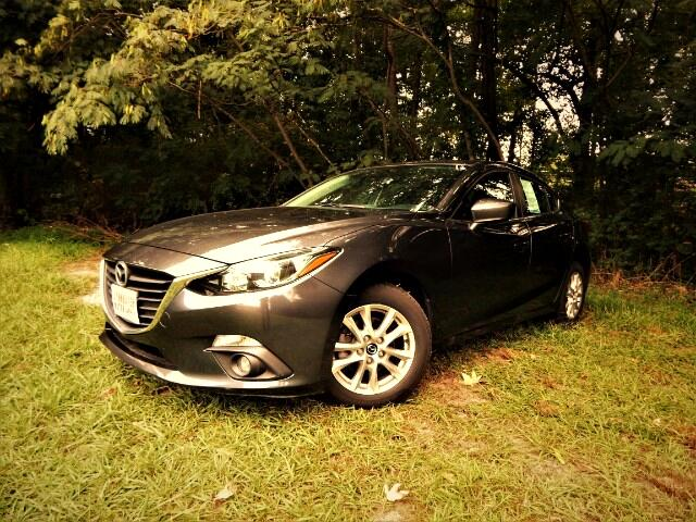 2016 Mazda MAZDA3 Navigation, Sunroof, Blind Spot, Rear Camera!