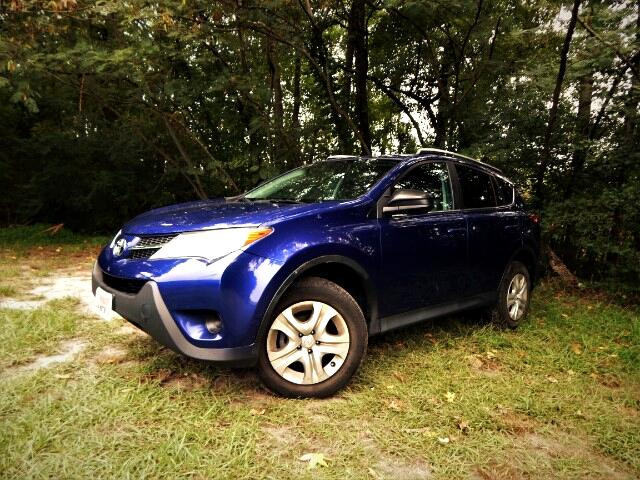 2015 Toyota RAV4 LE 4WD, Rear Camera, Bluetooth, 22k Miles, 1 Owner