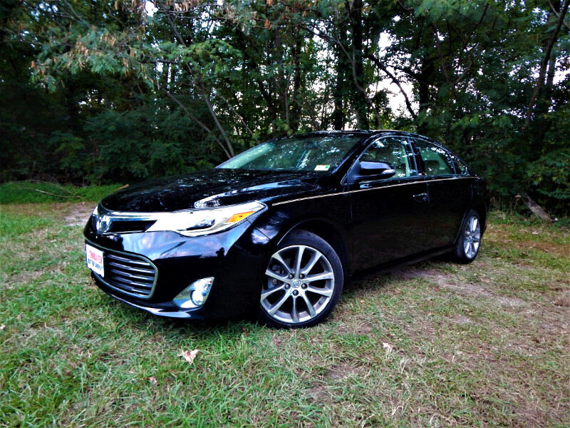 2015 Toyota Avalon XLE Touring, Navigation, Sunroof, Blind Spot, Load