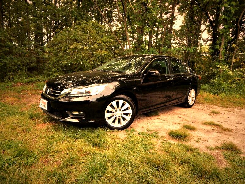 2015 Honda Accord EX-L Leather Int.,Sunroof, Rear & Side Cameras !