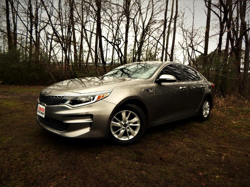 2016 Kia Optima LX w/ Rear Camera, Bluetooth, Only 20k Miles!