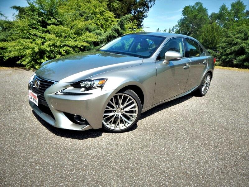 2016 Lexus IS IS 300AWD,Navigation,Sunroof, Only 23k Miles!