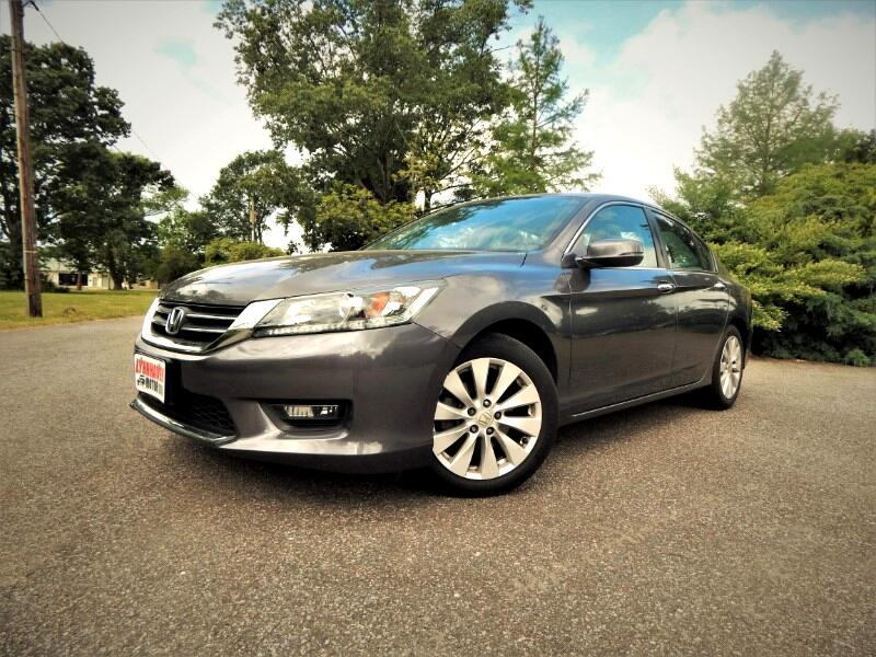 2015 Honda Accord EX w/ Rear & Side Cameras,Sunroof,Only 15k Miles!