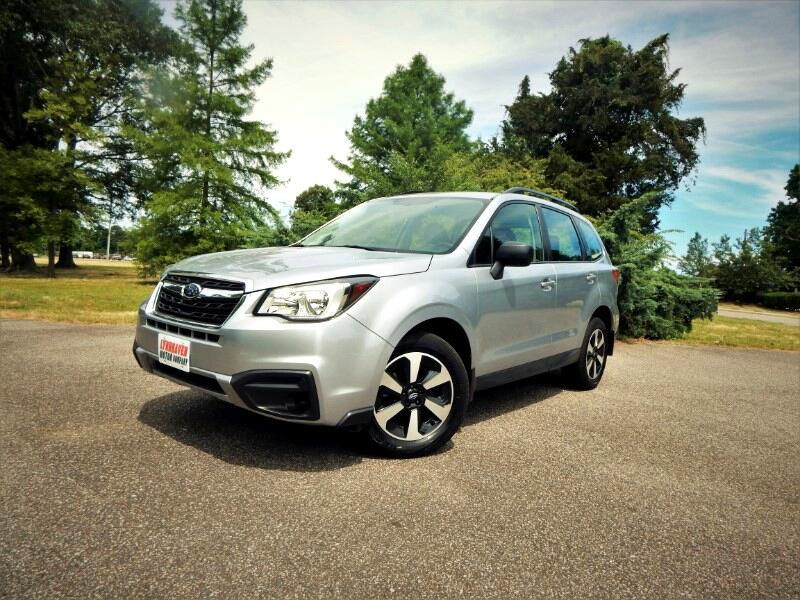 2017 Subaru Forester Premium w/ Rear Camera,Bluetooth,Only 19k Miles!