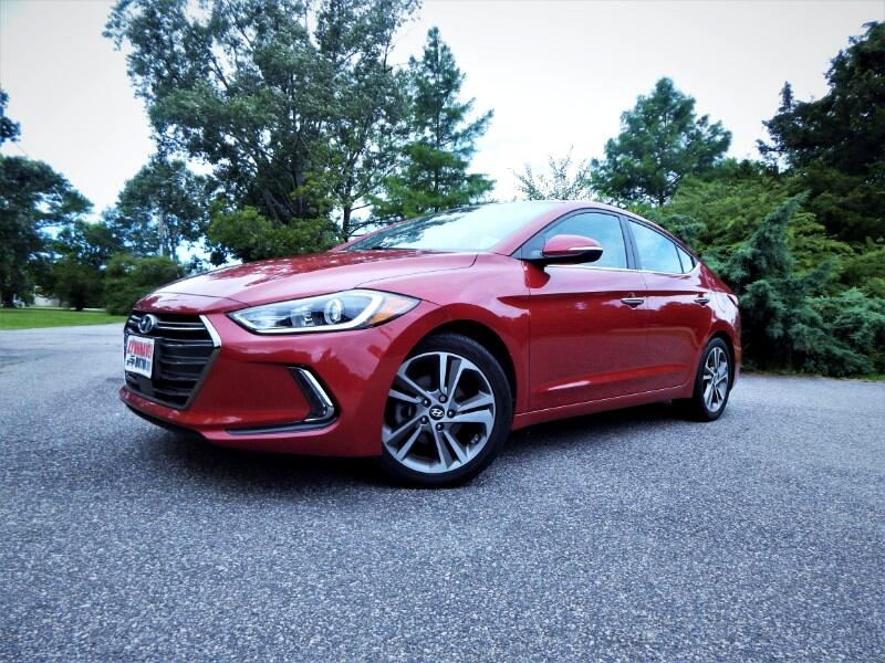 2017 Hyundai Elantra Limited,Navigation,Sunroof,Leather Int.,Camera!