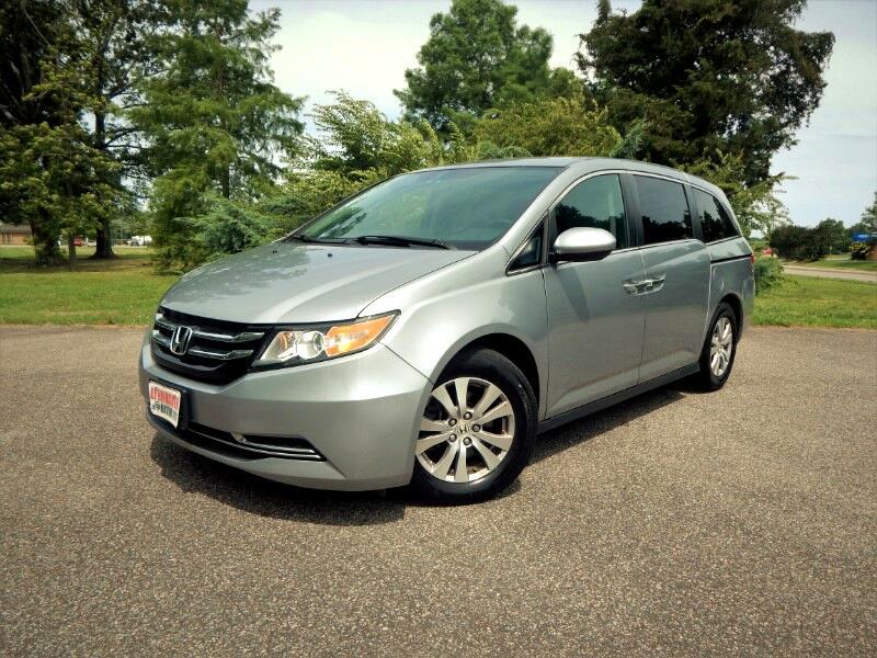 2016 Honda Odyssey SE w/ DVD Player,Rear & Side Cameras,26k Miles!