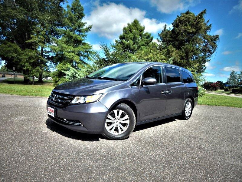 2016 Honda Odyssey SE w/ DVD,Rear & Side Cameras,Bluetooth,23k Miles!