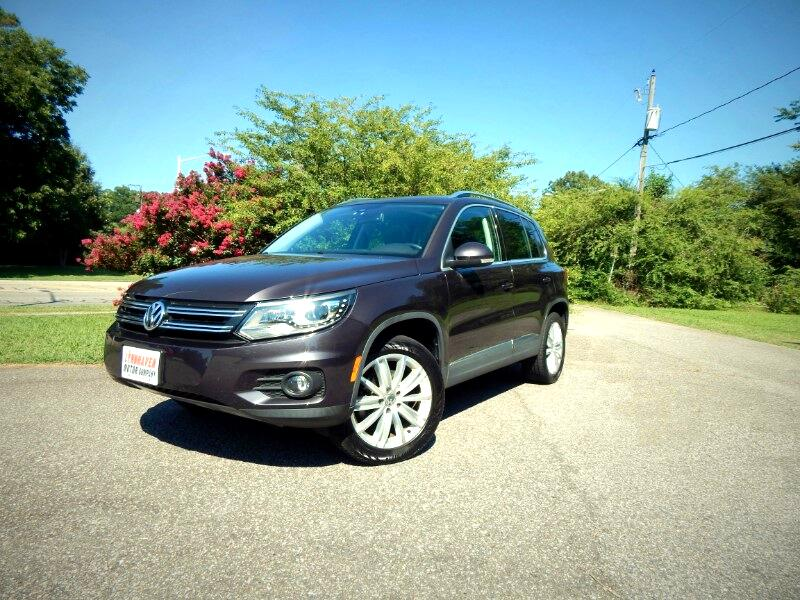 2016 Volkswagen Tiguan SE 4Motion,Panorama Roof,Navigation,Leather Int.!
