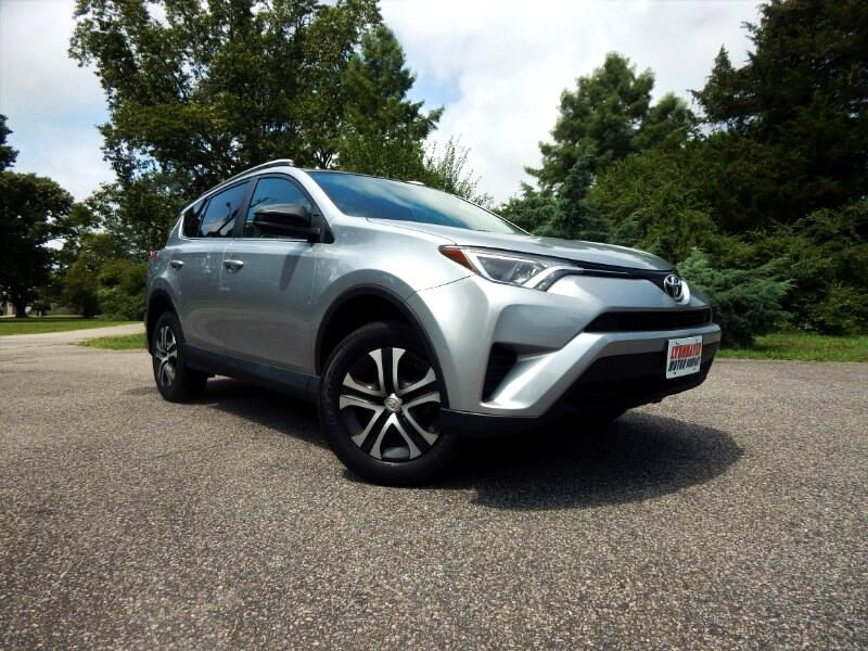2016 Toyota RAV4 LE AWD w/ Rear Camera,Heated Seats,23k Miles!