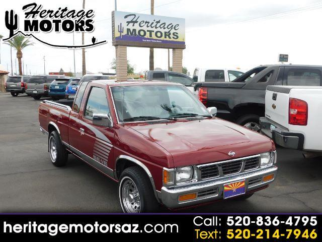 1995 Nissan Trucks 2WD XE King Cab Auto V6