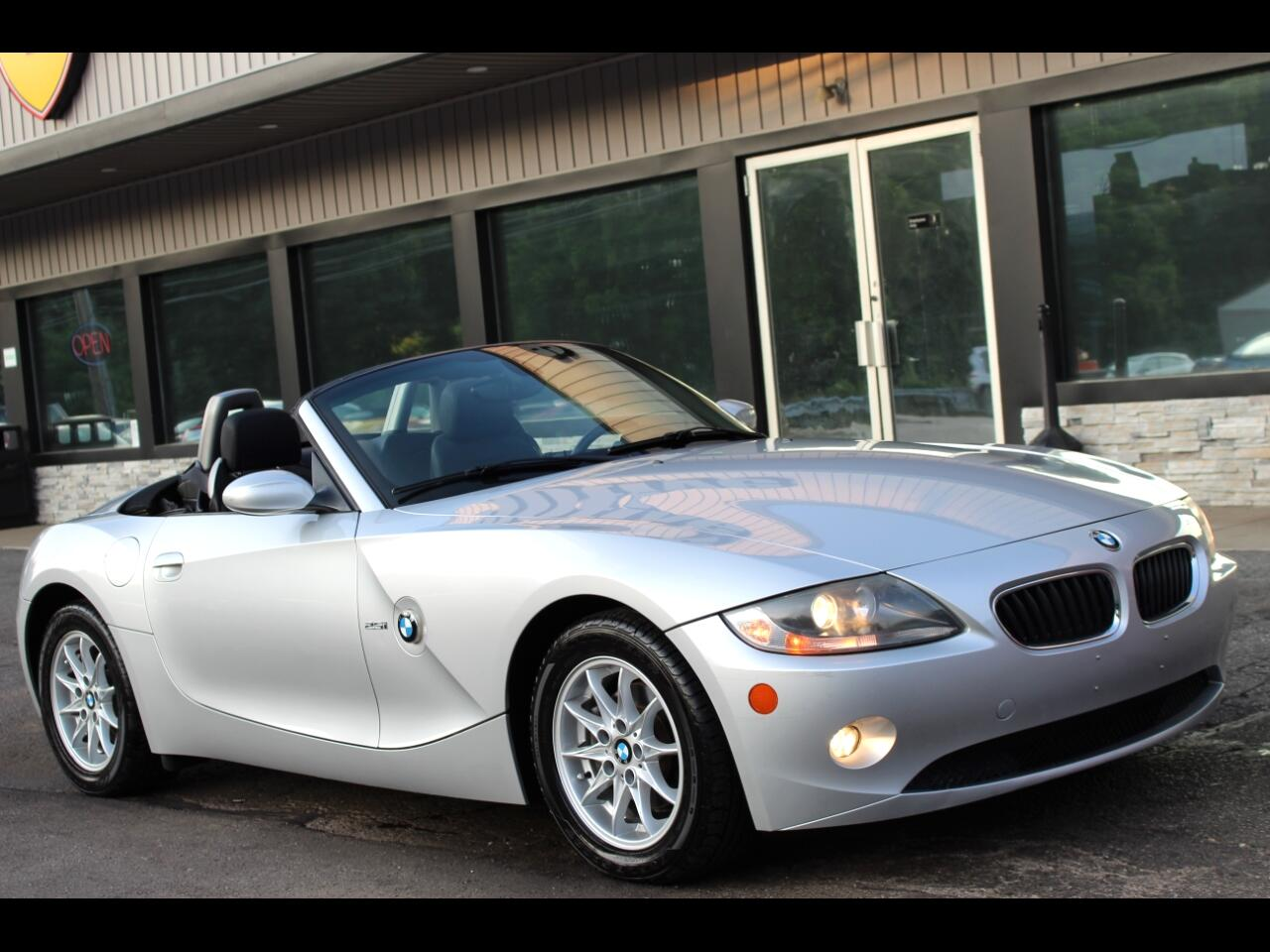 BMW Z4 2dr Roadster 2.5i 2005