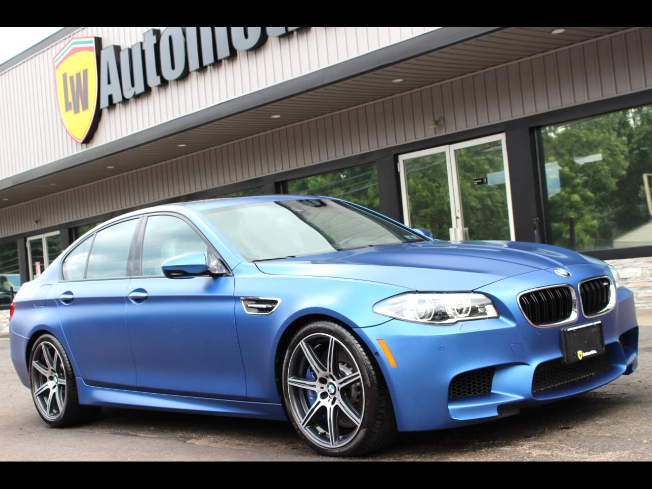 2016 BMW M5 4dr Sdn