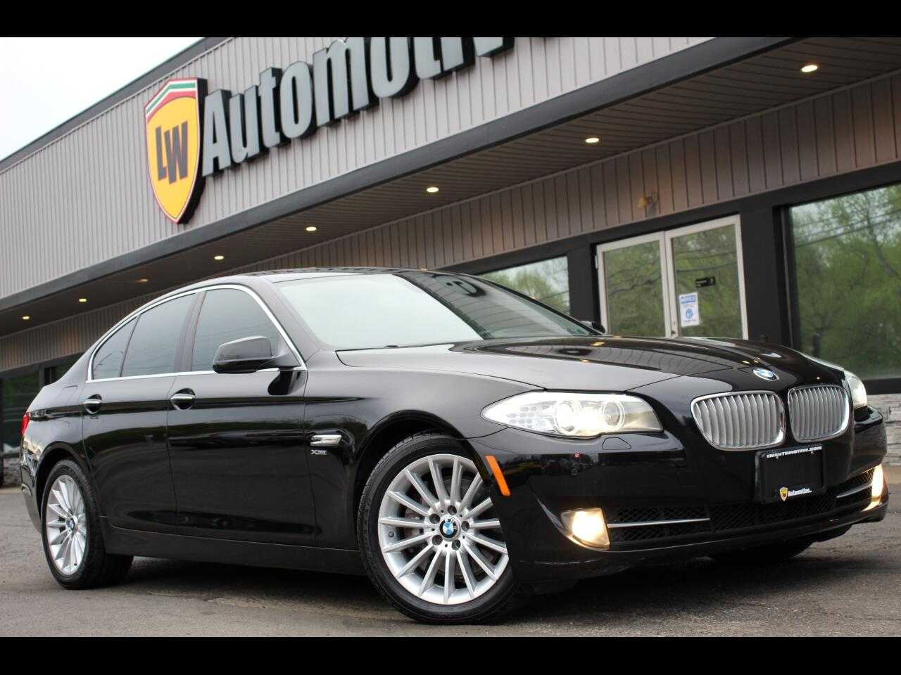 BMW 5 Series 4dr Sdn 550i xDrive AWD 2011