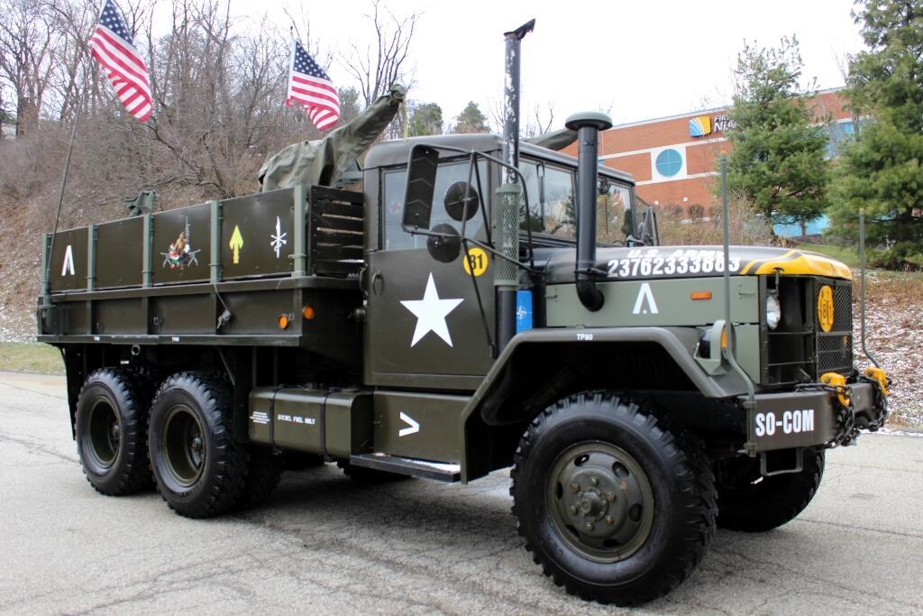1968 AM General M35 A-2  10 WHEEL DRIVE