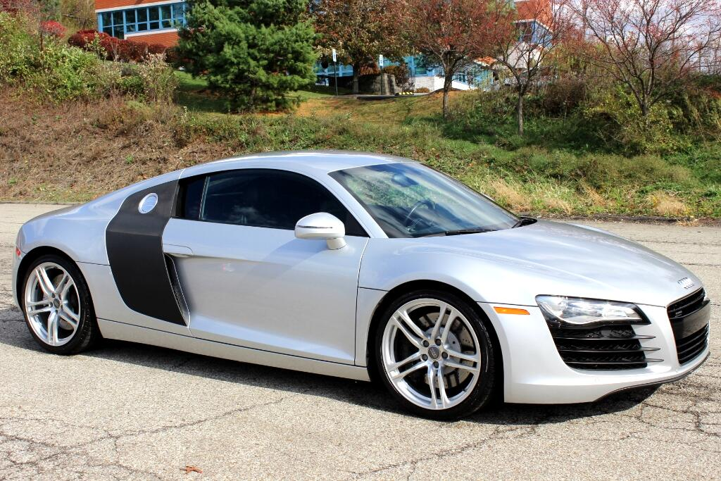 2008 Audi R8 Coupe quattro with Auto R tronic