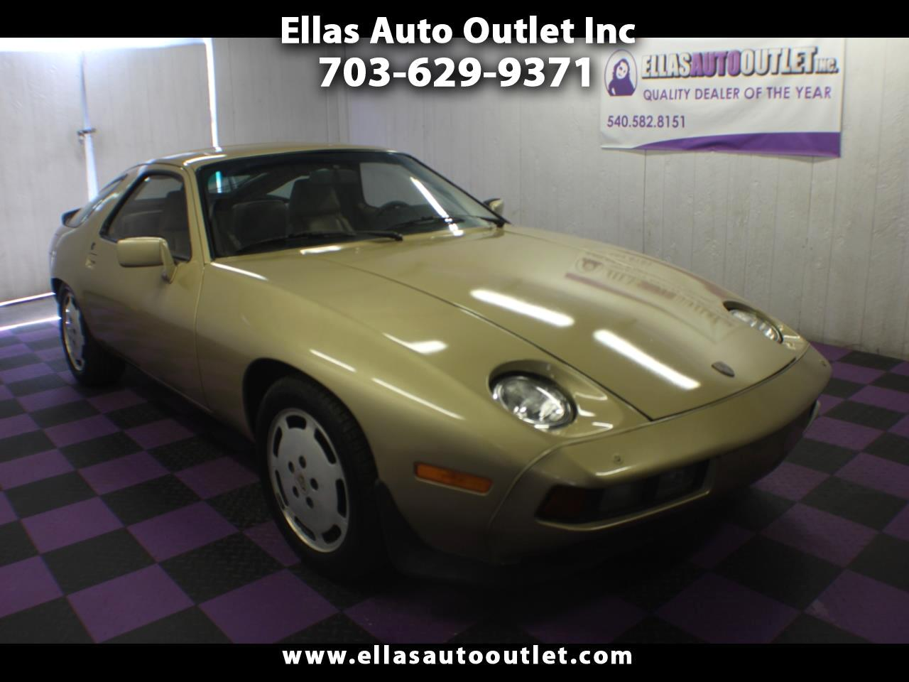 1983 Porsche 928S 2dr Coupe 5-Spd