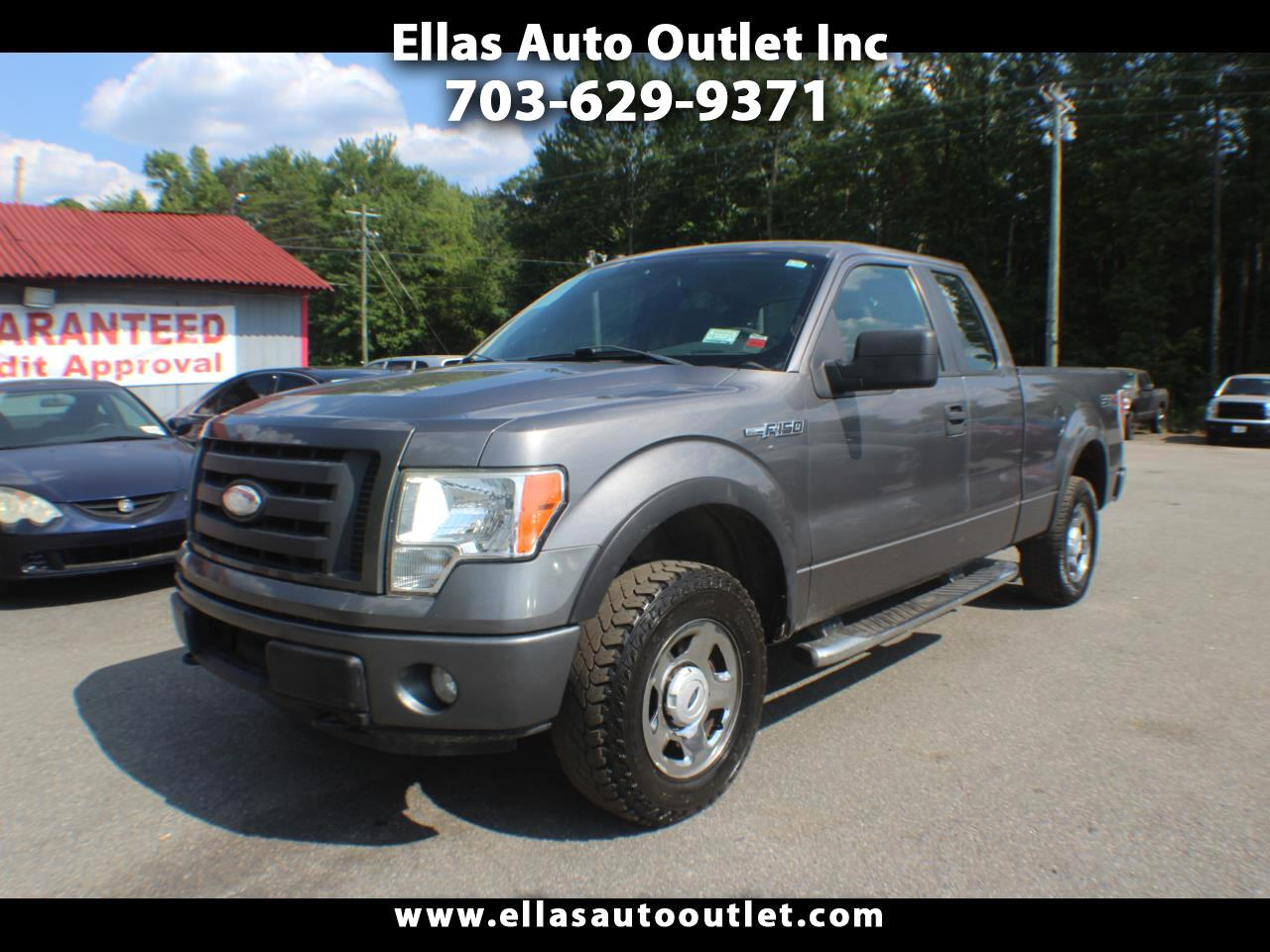 "Ford F-150 4WD SuperCab 133"" XLT 2009"
