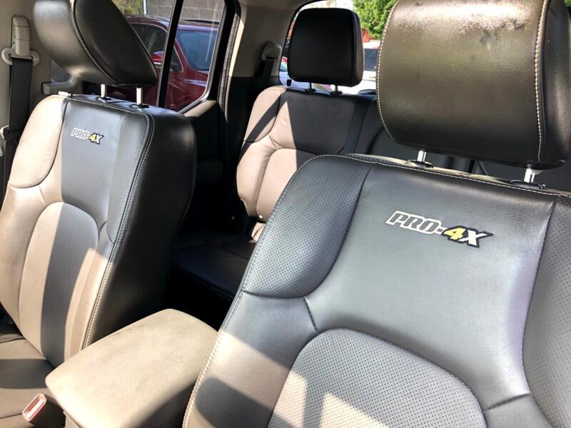 2013 Nissan Frontier SL Crew Cab 4WD