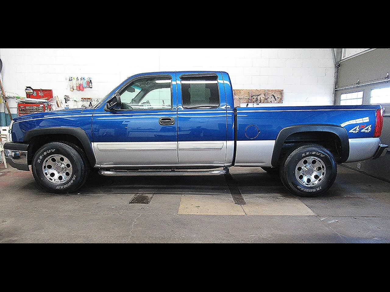 2004 Chevrolet Silverado 1500 LT Ext. Cab Long Bed 4WD