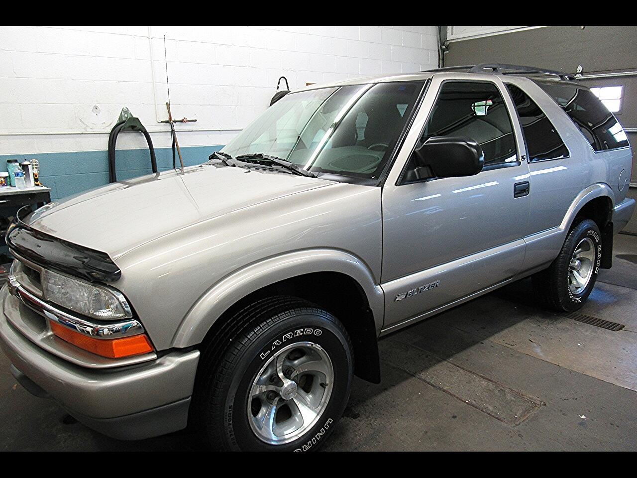 2003 Chevrolet Blazer 2-Door 2WD LS