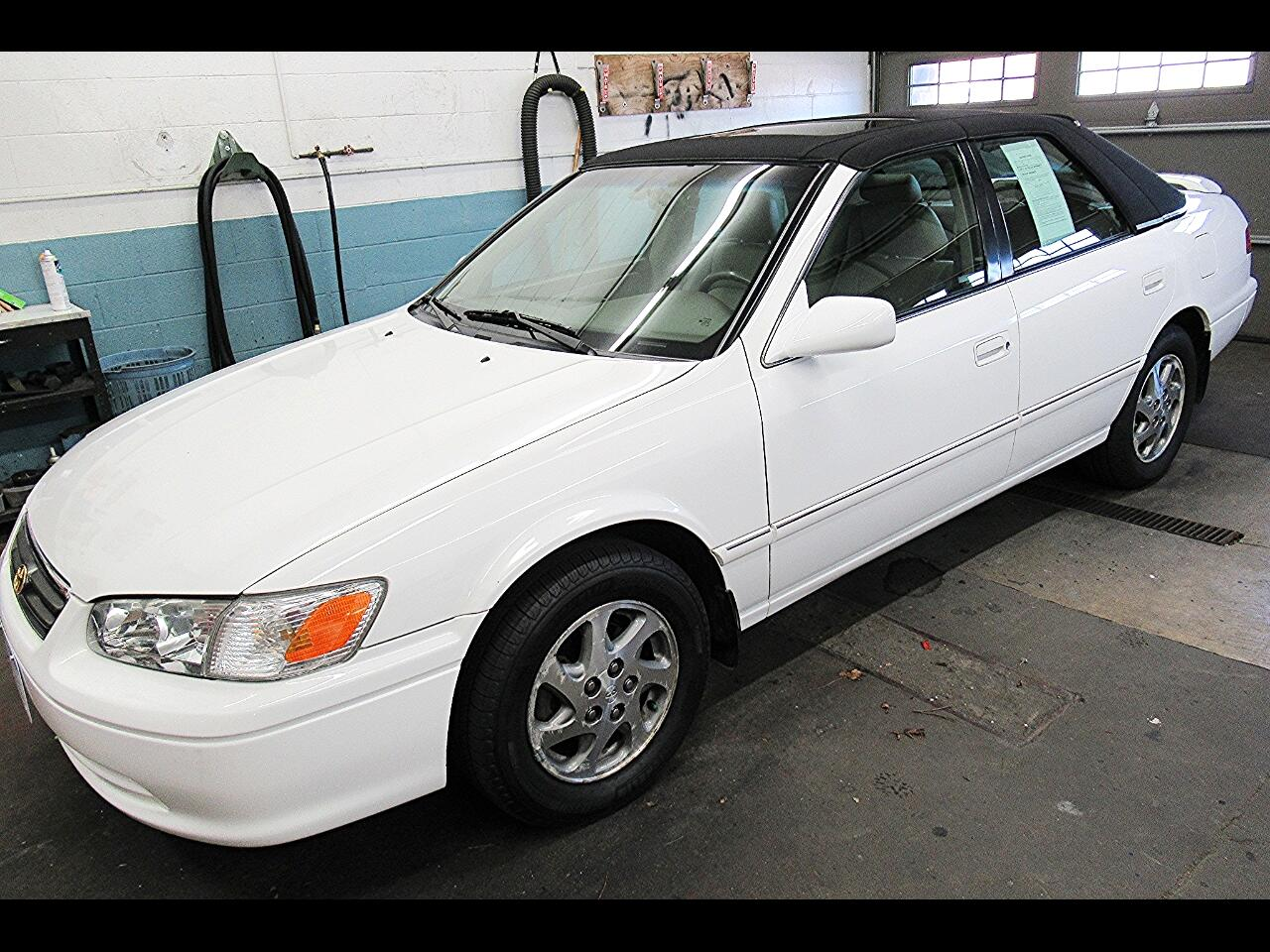 2001 Toyota Camry 4dr Sdn I4 Auto XLE (Natl)