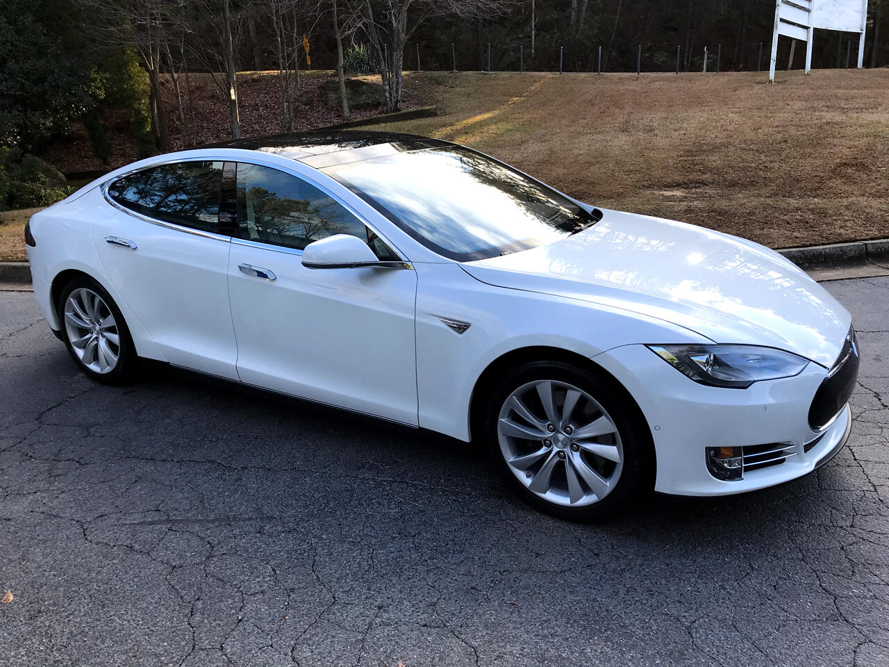 2016 Tesla Model S 4dr Sdn AWD 85D