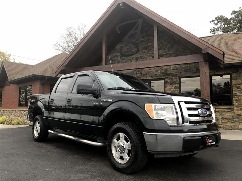 "2009 Ford F-150 4WD SuperCrew 145"" XL"