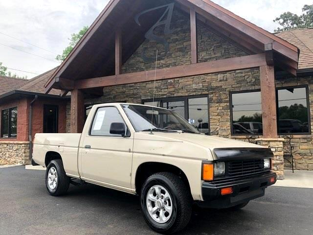 1986 Nissan Pickup Std Bed Deluxe 5-Spd