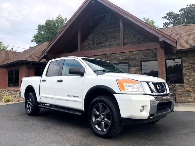 2015 Nissan Titan 4WD Crew Cab SWB SV