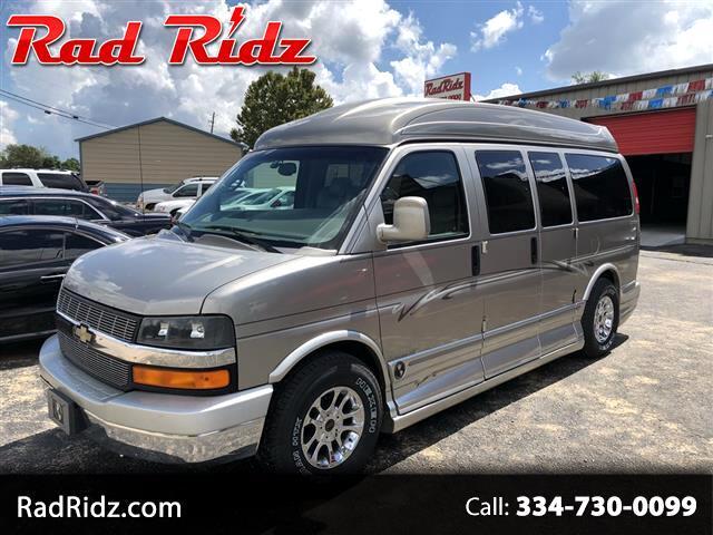 "2004 Chevrolet Express Passenger 1500 135"" WB RWD Passenger Van"