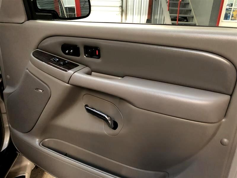 2006 GMC Yukon Denali 4dr AWD