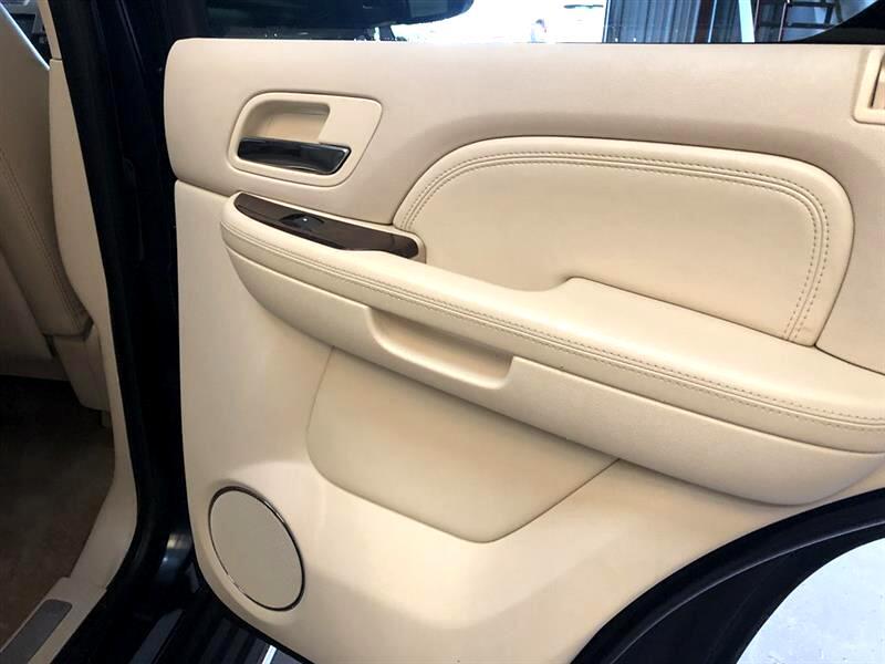 2007 Cadillac Escalade AWD 4dr